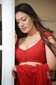 Bollywood Actresses Pictures Photos Images: Kollywood Actress Surabhi Photos
