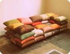 cushion-couch.jpg (490×380)