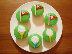 Discover Cool Themed Cakes & Cupcake Decorating Ideas For Dad On Fathers Day and make Father's Day extra special . Fathers Day Cupcakes, Fathers Day Cake, Cool Fathers Day Gifts, Gifts For Dad, Golf Cupcakes, Mini Cupcakes, Cupcake Toppers, Cupcake Cakes, Cookie Decorating