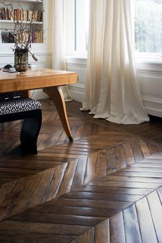 11 Ways to Take the Fear Out of Decorating with Patterns, - Wood Parquet Wood Parquet, Parquet Flooring, Hardwood Floors, Floor Design, House Design, Interior And Exterior, Interior Design, Floor Colors, Apartment Interior