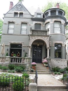 This house in Louisville shows some great stonework in various spots.