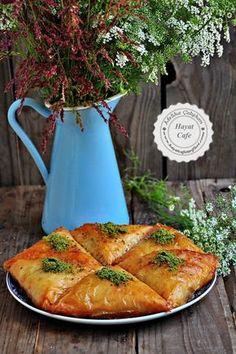DSC_2452 Turkish Recipes, Ethnic Recipes, Cake Recipes, Dessert Recipes, Iftar, Cake Pans, Beautiful Cakes, Deserts, Brunch