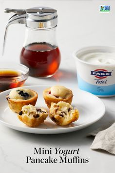 Get a double-dose of FAGE Total Greek yogurt, both inside the pancake muffins and for a little extra creaminess on top. Yogurt Pancakes, Pancake Muffins, Baked Pancakes, Muffin Tin Recipes, Healthy Muffin Recipes, What's For Breakfast, Breakfast Recipes, Mini Crepe, Delicious Desserts