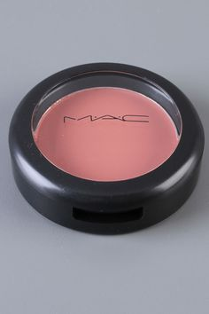 lots of MAC makeup is on sale on Beyond the Rack right now!!  Click through.