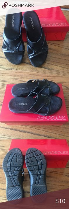 AEROSOLES Slip on Sandals Comfy Sandals! Only worn 1-2 times, basically new! Man made materials. Size 6M ALL BLACK AEROSOLES Shoes Sandals