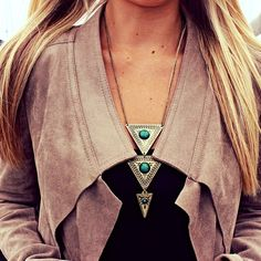 Contemporary hippie necklace in turquoise & silver. FOLLOW this board now > http://www.pinterest.com/happygolicky/the-best-boho-chic-fashion-bohemian-jewelry-gypsy-/ for the BEST Bohemian fashion trends for 2015.