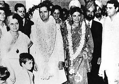 The Nehru-Gandhi wedding album Indira Gandhi, History Of India, Indian Celebrities, Wedding Album, History Facts, India Beauty, Rare Photos, Vintage Pictures