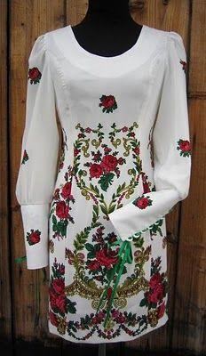 Sukienka. Styl goralski.