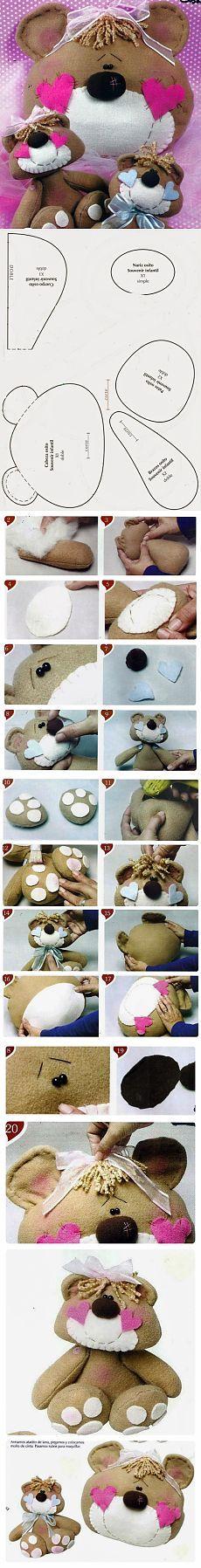 Cosemos un juguete y una almohada en forma de un oso / I / costura