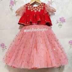 Baby Girl Dresses Diy, Kids Party Wear Dresses, Baby Girl Birthday Dress, Kids Dress Wear, Kids Gown, Gowns For Girls, Frocks For Girls, Little Girl Dresses, Kids Lehanga Design