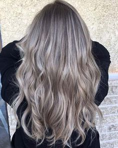 Ash Blonde Balayage Idea for Long Hair