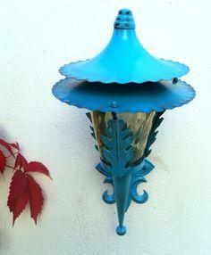 Farol azul exterior. Luniqueblog.com