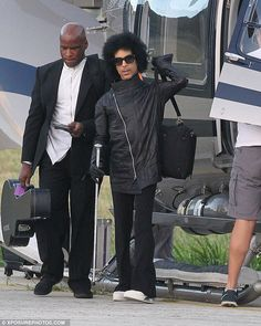 Prince, wearing comfortable shoes the last few years. He deserves to be respected, please dont trash talk a genius, philanthropist, who gave his brilliance to all the artists rights, and tried daily to give millions of dollars and TIME to the world. He is loved.