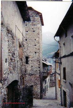 Calle de Plan (Valle de Chistau) Pirineos de Huesca