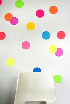 Neon Giant Wall confetti