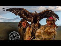 Silou and Berik are Golden Eagle Hunters in the Altai Mountains of Mongolia. They featured in the BBC documentary Human Planet. Here they are photographed at the Tsambagarav Glacier at dusk Mongolia, Shamanic Music, Meditation Musik, Buddhist Meditation, Daily Meditation, Chakra Meditation, Eagle Hunting, Altai Mountains, Meditation Music