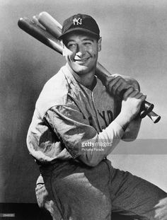 Portrait of New York Yankees first baseman, Lou Gehrig , seated with three baseball bats over his shoulder, circa Get premium, high resolution news photos at Getty Images Lou Gehrig, Best Baseball Player, Better Baseball, Baseball Movies, New York Yankees, Babe Ruth, After Life, New Books, Baseball Cards