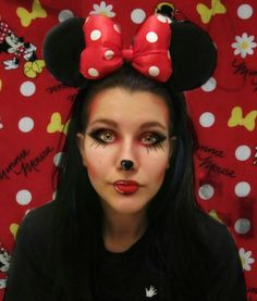 Learn about these for work makeup ideas pin# 9800 Mini Mouse Halloween Costume, Minnie Maus Halloween, Halloween Costumes For Work, Minnie Mouse Costume, Halloween Week, Diy Costumes, Halloween Makeup, Halloween Decorations, Halloween Party