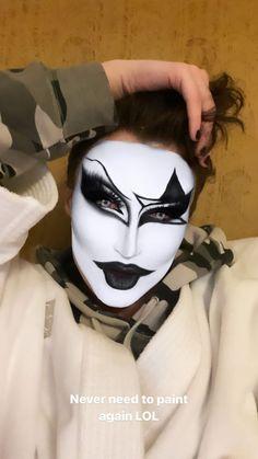 Mime Makeup, Makeup Art, Halloween Face Makeup, Makeup Ideas, Rupaul, Make Up, Drag Queens, Chainsaw, Cloud