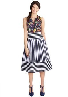 Hey, Ol' Port Skirt. Whether off for a leisurely sail or relaxing on the beach house patio, you look just darling in this navy-and-white striped skirt.  #modcloth
