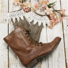 short boot socks - brown - slouch socks - lace- outfit- slouch - fall -women