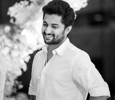 Natural star Nani black and white pics Photo Poses For Boy, Poses For Men, Boy Poses, Actors Male, Cute Actors, Actors & Actresses, Film Pictures, Galaxy Pictures, Actor Picture