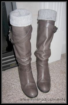 boot liners from an old sweater! may need to go to Salvation Army for some cheapo sweaters. How To Make Boots, Diy Fashion, Autumn Fashion, Sewing Alterations, Crochet Fabric, Old Sweater, Cute Boots, Diy Clothing, Fall Looks