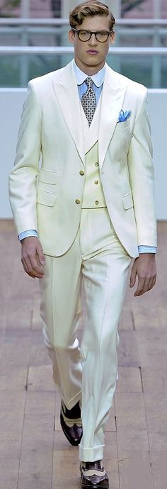 White suiting by Hackett London | Men's Fashion | Menswear | Men's Outfit for Spring/Summer | Luxury Style | Moda Masculina | Shop at designerclothingfans.com