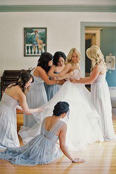 24 Creative Wedding Entourage Photo Ideas ❤ Whether you're getting married soon… Wedding Bells, Fall Wedding, Dream Wedding, Wedding Entourage, Wedding Attire, Wedding Photoshoot, Wedding Pictures, My Perfect Wedding, Wedding Styles