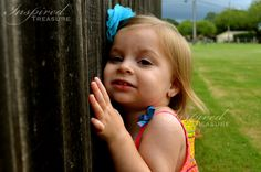 To her, this fence needed a hug. http://myinspiredtreasure.weebly.com