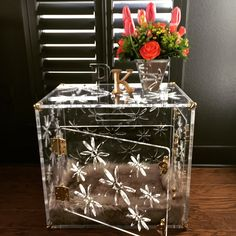 Medio Flower Power with brass hardware Dog Crate End Table, Wooden Cat House, Doodle Dog, Cute Chihuahua, Cute Funny Dogs, Pet Furniture, Charlie Chaplin, Chihuahuas, Dog Training Tips