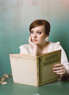Famous women reading - Adele reading