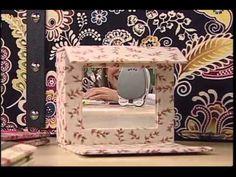 Bolsa Sarah com Claudia Wada - Vitrine do Artesanato na TV Claudia Wada, Decoupage, Storage Boxes, Videos, Paper Crafts, Scrapbook, Purses, Create, Youtube