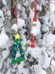 Mit Kindern kreative Weihnachtsanhänger aus Mundspatel gestalten.