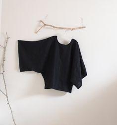minimalist black linen top by anny schoo