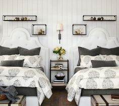 Catch up on beauty sleep this fall thanks to our comfy, cozy, organic Asher Duvet. We love how this gray and white bedding captures a classic medallion motif in an updated interpretation. It's perfect for master bedrooms, guest rooms (like this cute guest room, below!) and even teen rooms. This week, we're giving away 10 …