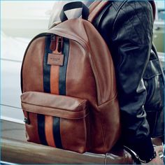 Coach fall-winter 2016 men's advertising campaign featuring the brand's varsity leather backpack. Coach Backpack, Backpack Bags, Leather Backpack, Fashion Bags, Fashion Backpack, Mens Fashion, Fab Bag, Coach Men, Messenger Bag Men