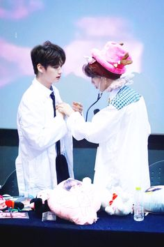 Read Chapter 29 - Seeing The Doctor from the story .my little squirrel ; minsung by chanisteles with reads. Stray Kids Minho, Lee Know Stray Kids, Kim Woo Jin, Kids Diary, Baby Squirrel, Facts For Kids, Wattpad, Kid Memes, Kids Wallpaper