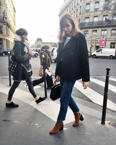 """5 Likes, 1 Comments - Lizzy Hadfield (@shotfromthestreet) on Instagram: """"Heyy I see you checking out my @dear_frances boots!  these boots and loadssss more are in today's…"""""""