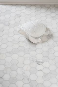 Marble hexagon floor. One Room Challenge Final Reveal - Spring 2015 - Vanessa Francis Design // so in love with marble.
