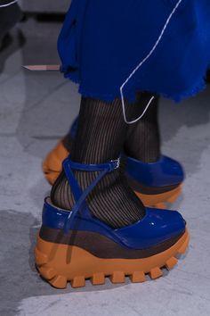 Marni at Milan Fashion Week Fall 2018 - Details Runway Photos