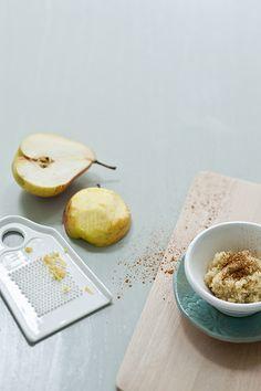 7,5 maanden - Quinoa-appelpap met peer   Baby & Dreumes Eetfestijn