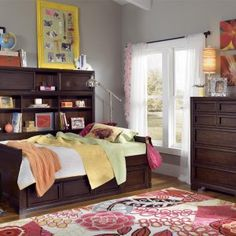 Daybed With Shelves And Storage