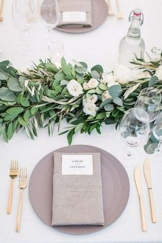 Wedding Centerpieces elegant gray and green wedding table decoration ideas Green Wedding, Floral Wedding, Wedding Flowers, Trendy Wedding, Botanical Wedding, Chic Wedding, Gold Wedding, Wedding Summer, Neutral Wedding Colors