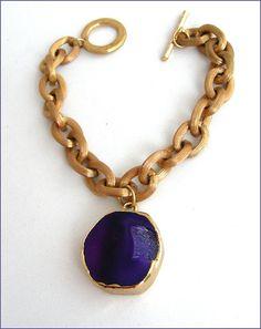 Agate druzy stone/gold chain boho bracelet Bracelet Stone Gold, Gold Chains, Bracelets, Agate, Pendant Necklace, Boho, Etsy, Jewelry, Stone Bracelet