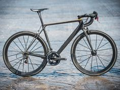 Canyon_new_Ultimate-CF-EVO-10-0-SL_complete_by-Geoff-Waugh