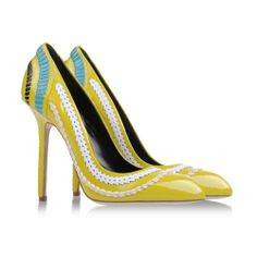 Daniele Michetti yellow pumps with contrasting embellishments #giallo #shoes #scarpe #fashion #moda #pumps #decollete #details #heels #stilettos #tacchi #danielemichetti