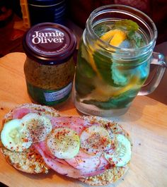 Sandwich rolls with ham, spread with jamie oliver's pesto   #breakfast #sandwich #rolls #infusedwater #ham #bacon #morning