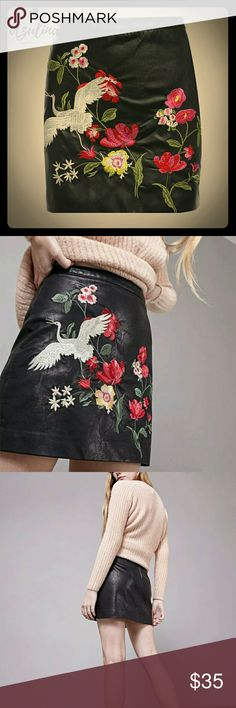 Floral Embroidered Black Faux Leather Mini Skirt NEW WITH TAGS Azulina Skirts Mini