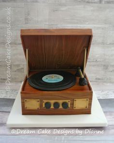 'EMILY' ~ Vintage Record Player (serves approx 46/96)